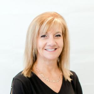 ANNETTE HOLLOWAY - Customer Service Manager